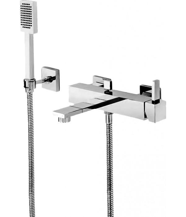 Смеситель Newform Forma 60440С.21.018 для ванны с душем