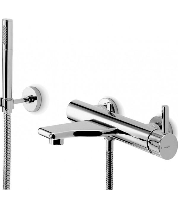 Смеситель Newform Flux 64540С.21.018 для ванны с душем