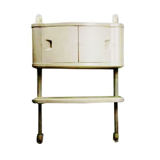 Шкафчик для ванной с полкой